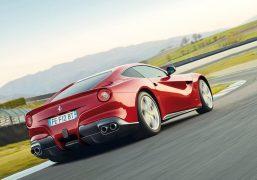 Ferrari-F12berlinetta-india-1