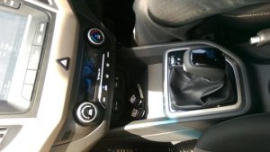Hyundai-Creta-Interior-Centre-Console-Gearknob