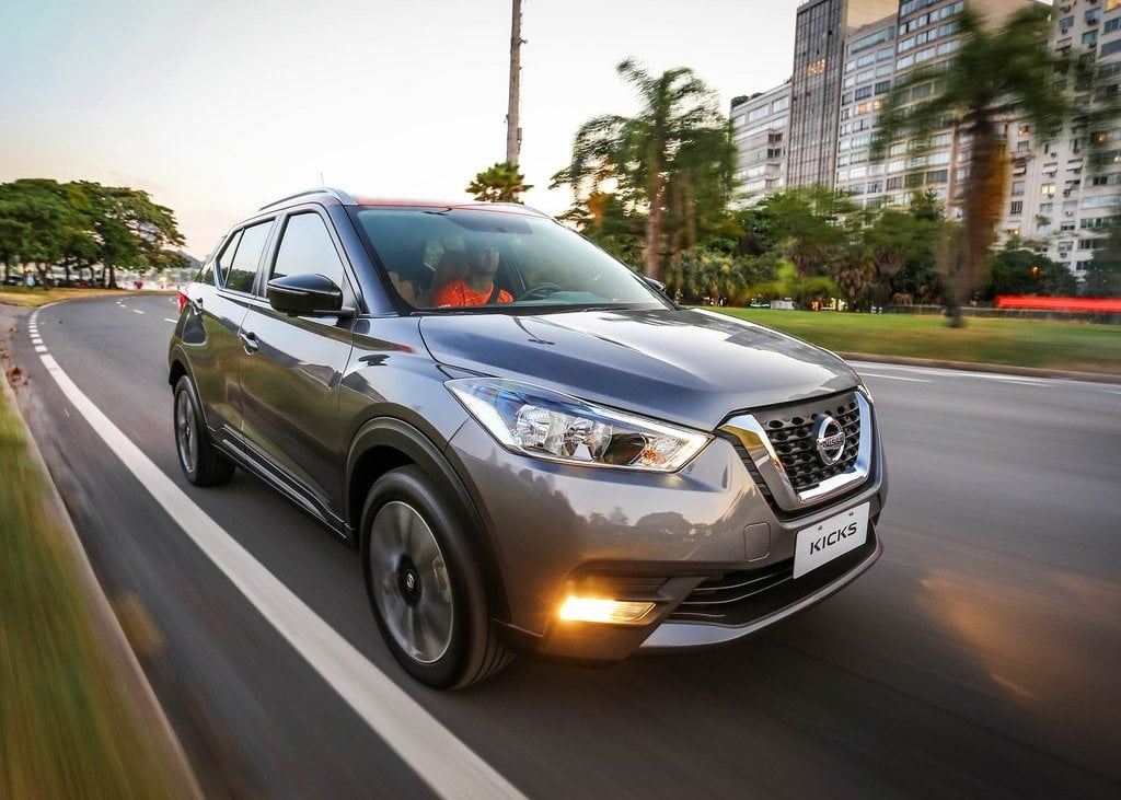 Nissan Kicks India Launch Expected Prices Features Specs Mileage