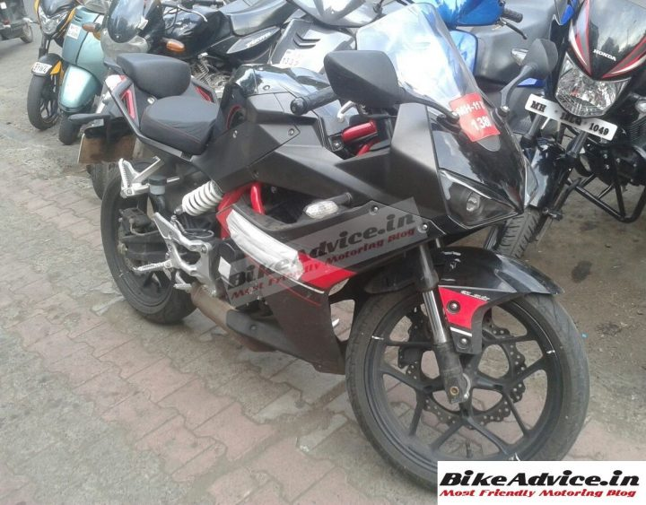 Hyosung-GD-250R-India-Pics-1