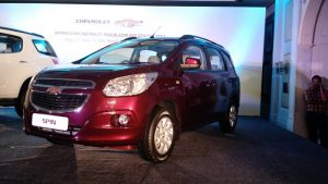 chevrolet-spin-white-india-launch-3