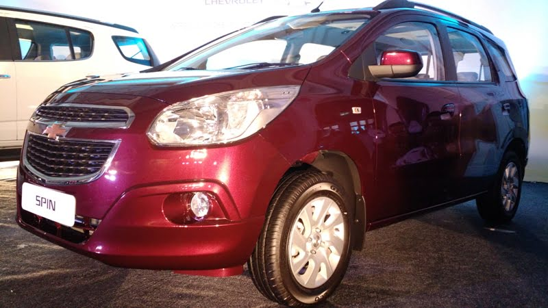 chevrolet cars at auto expo 2016 chevrolet-spin-white-india-launch-4