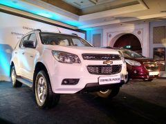 chevrolet-trailblazer-white-india-launch-5