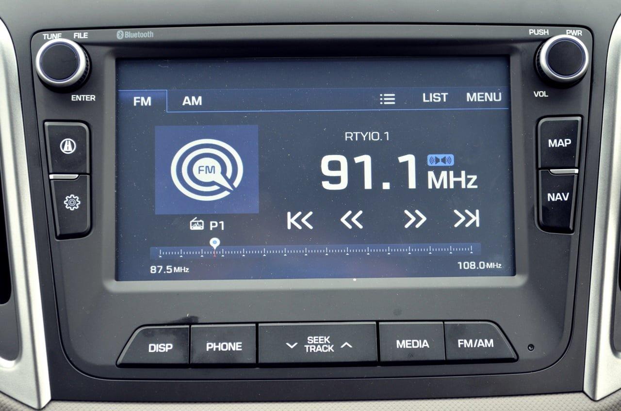 hyundai-creta-test-drive-review-interior-avn-touchscreen ...