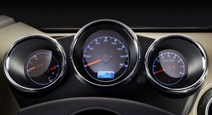 mahindra-thar-facelift-dials-red