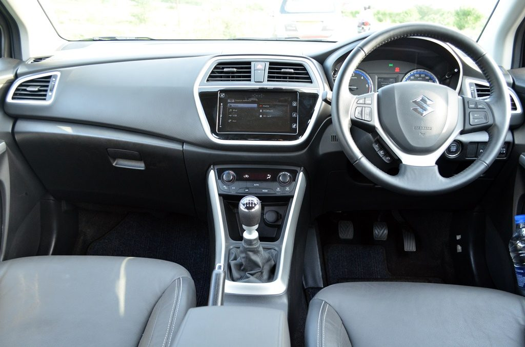 maruti suzuki s cross interior dashboard pics carblogindia. Black Bedroom Furniture Sets. Home Design Ideas