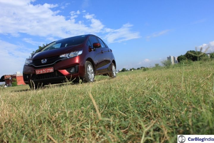 2015-honda-jazz-crimson-red-front-angle-2