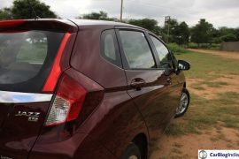 2015-honda-jazz-crimson-red-rear-close-2