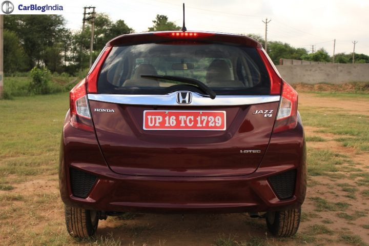 2015-honda-jazz-crimson-red-rear-close