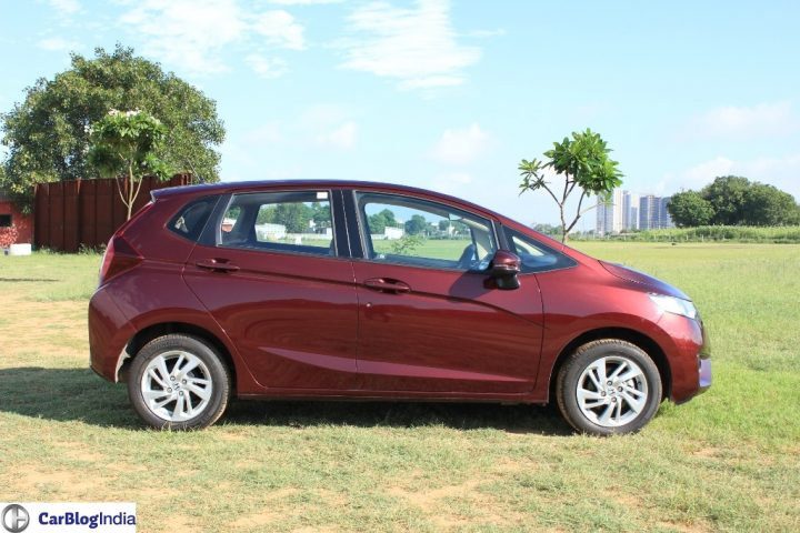 2015-honda-jazz-crimson-red-side