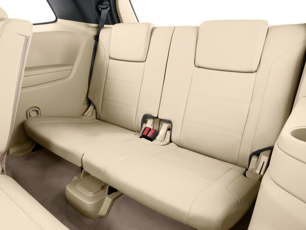 Ford Endeavour 2016 Front Angle Interior Third Row Seat