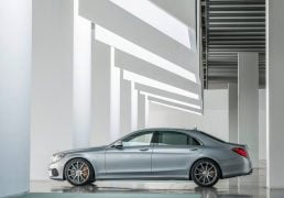MERCEDES-BENZ-s-clas-s63-amg-india-launch-7