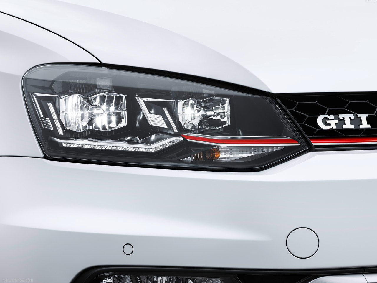 volkswagen polo gti 2015 pics led headlight carblogindia. Black Bedroom Furniture Sets. Home Design Ideas