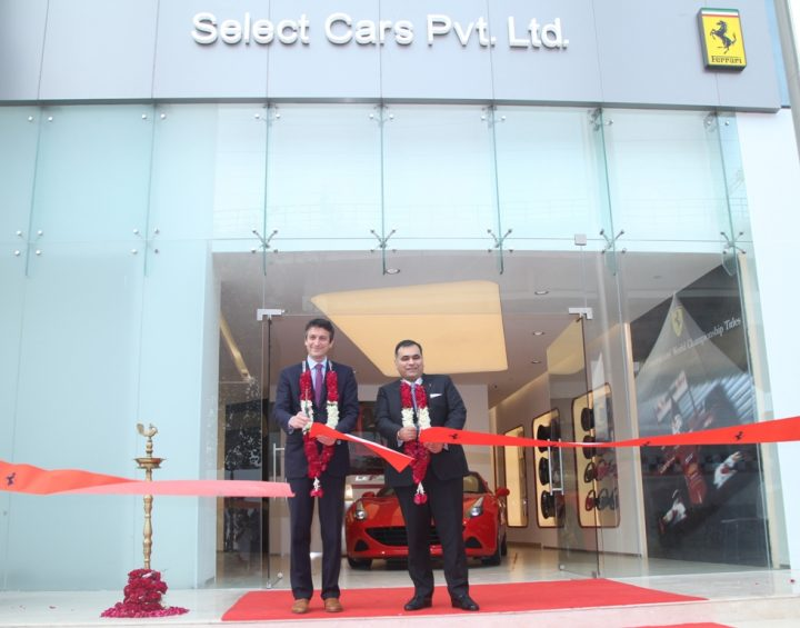 ferrari-dealership-new-delhi-1