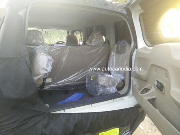 Mahindra Tuv300 Interior Rear Seats Images 1 Carblogindia