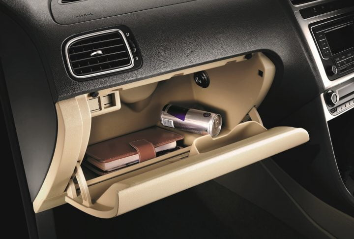 2015-Volkswagen-Polo-India-cooled-glovebox