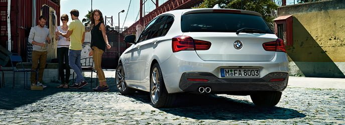 2015-bmw-1-series-india-rear-angle
