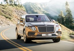2016-bentley-bentayga-official-pics-front