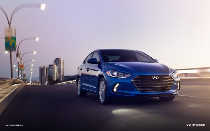 Upcoming new Hyundai Cars in India in 2016,2017 - 2017-Elantra-01-Electric_Blue