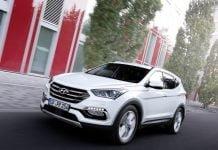 Hyundai-Santa_Fe_2016_Front-Angle