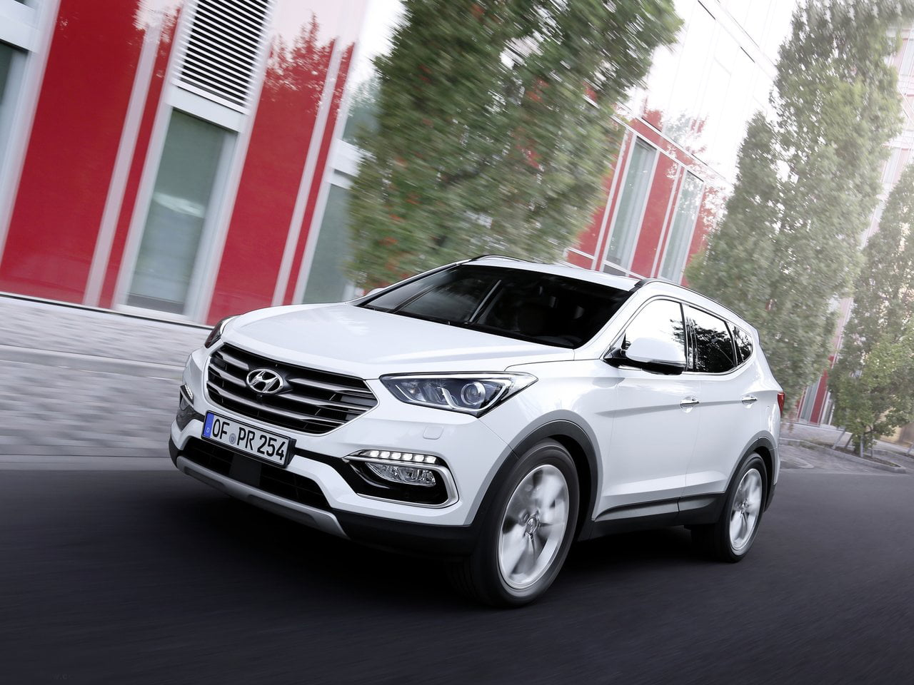 white suv com a new dazzling hyundai pictures fe look santa inspirationseek