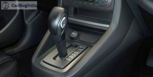 new-ford-figo-interior-pics-black-grey-gearknob-1