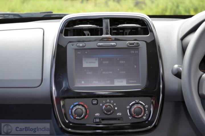 datsun redi go vs renault kwid comparison -renault kwid touchscreen music system