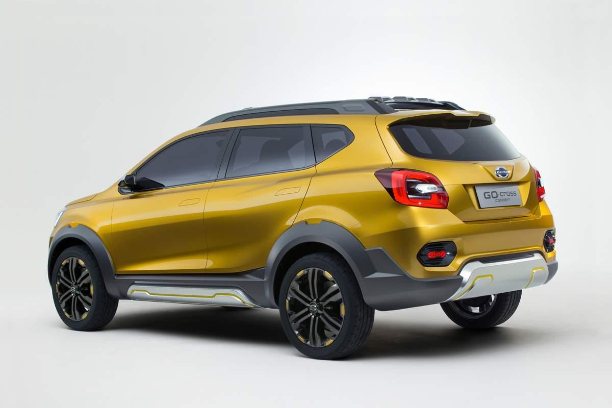 Harga Dan Spesifikasi Mobil Datsun Go Cross 2016