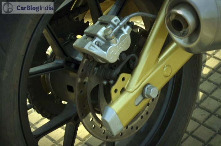 mahindra-mojo-300-review-rear-disc-brake