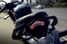 mahindra-mojo-300-review-taillamp