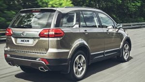 tata-hexa-images-rear-angle-action-shot