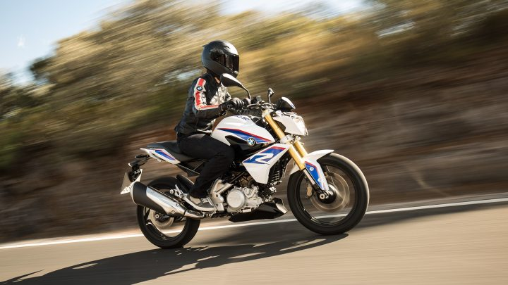 BMW G 310 R vs KTM 390 Duke 2016-bmw-tvs-g-310-r (4)