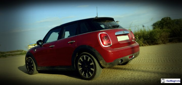 Mini Cooper D 5 Door Action Shot