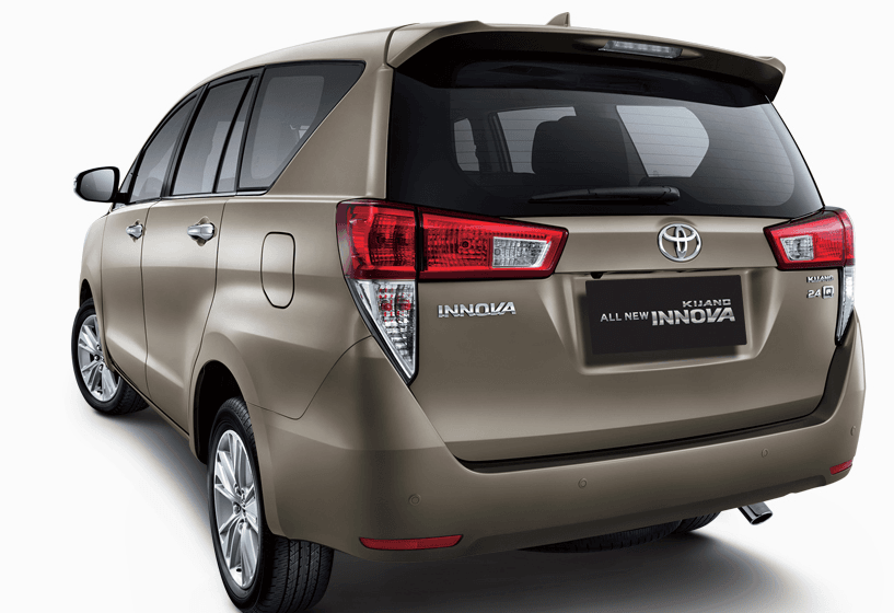 New Model Toyota Innova Rear Angle Carblogindia