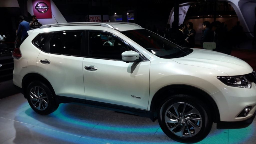 upcoming new car launches india 2016 nissan-x-trail-hybrid-auto-expo-2016