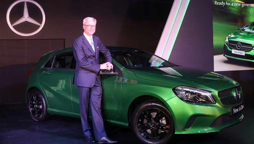 2015-mercedes-benz-a-class-facelift-india-launch-images-2