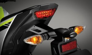 2015-yamaha-m-slaz-official-images- (5)