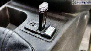 fiat-avventura-abarth-test-drive-review-pics-usb-port