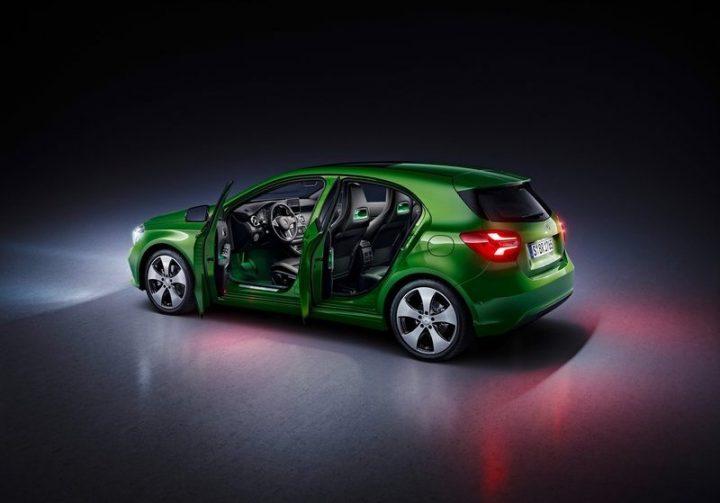 mercedes-benz-a-class-facelift-official-images- (3)