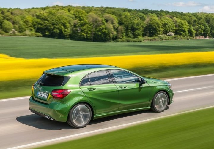 mercedes-benz-a-class-facelift-official-images- (8)