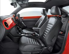 new-volkswagen-beetle-india-official-images-front-seats
