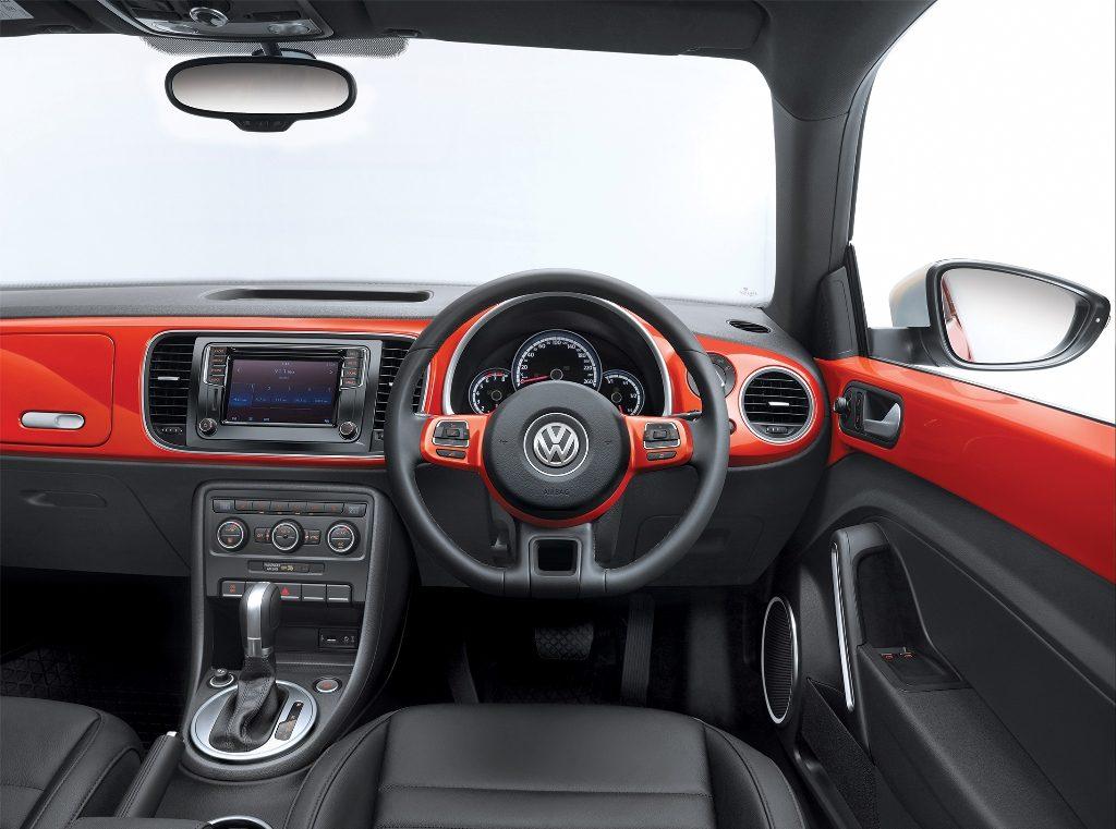 new-volkswagen-beetle-india-official-images-steering