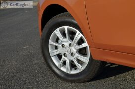 tata-zica-side-alloys- (3)