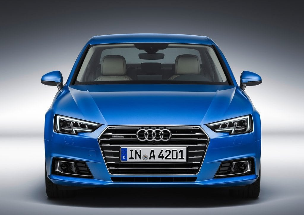 2016 Audi A4 Blue Official Images (5)