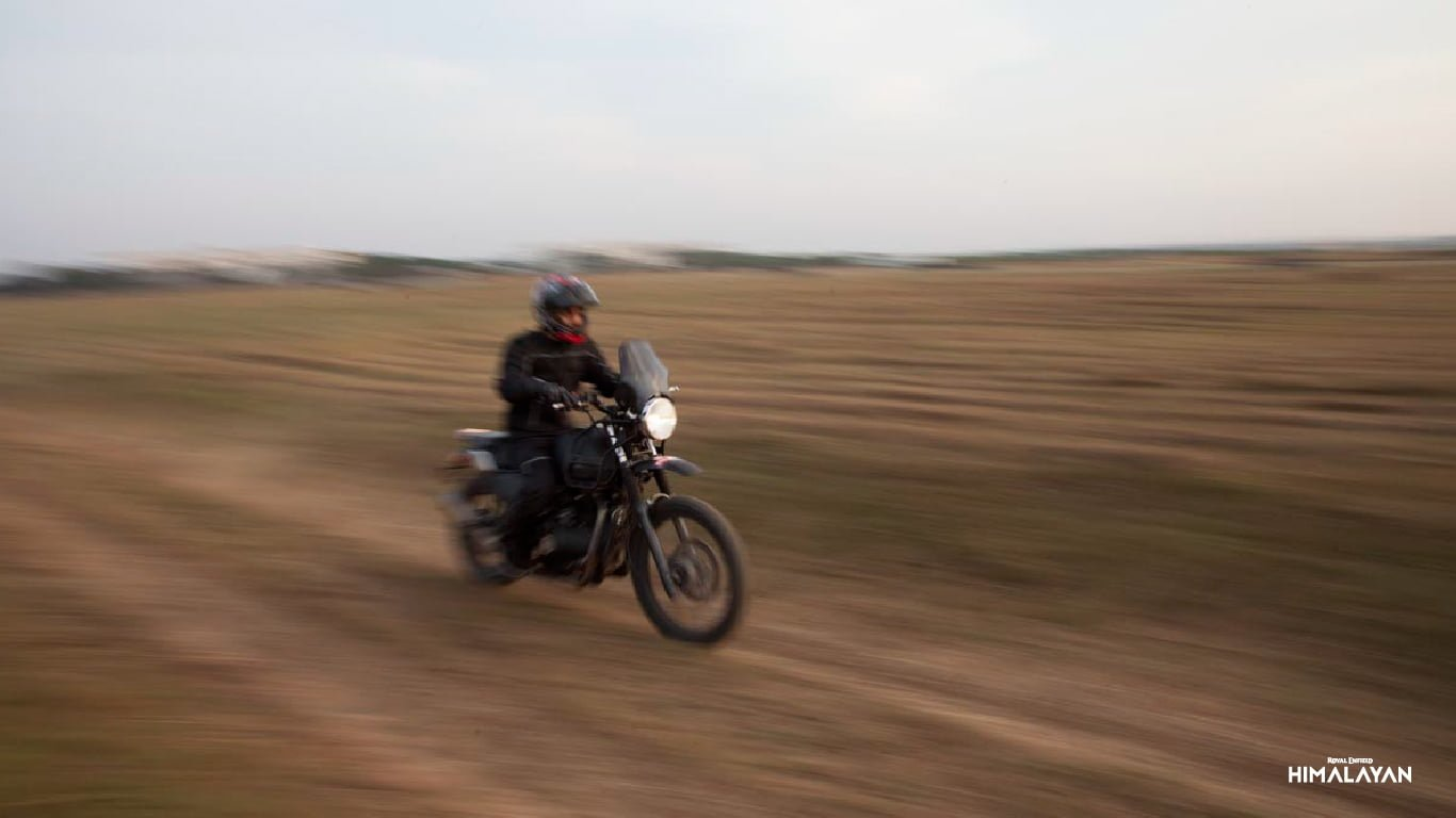 Royal Enfield Himalayan Price 1 55 Lakhs Mileage Specs