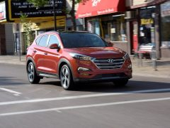 Hyundai-Tucson_2016_India_Launch_Pics_Front-angle-2