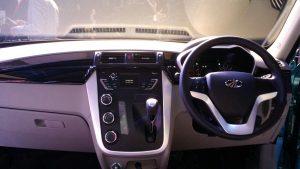 mahindra-kuv100-interior-centre-console-2