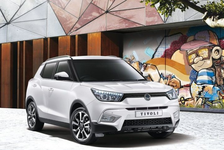 upcoming new mahindra cars in india ssangyong-tivoli-india-launch-official-images (2)