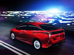 toyota cars at auto expo 2016 new prius india (1)