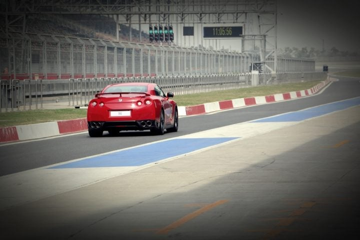 2015 nissan gt-r review photos rear bic